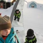 Spiegelkunst auf dem Icehotelgelände