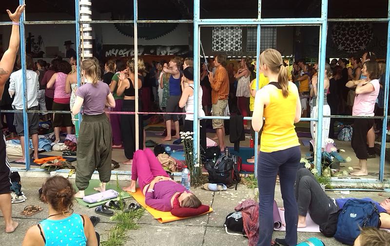 yogafestival02