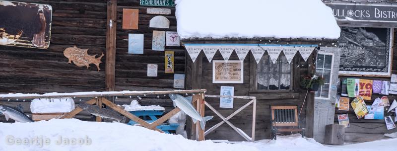 Yellowknife_snowking-7402