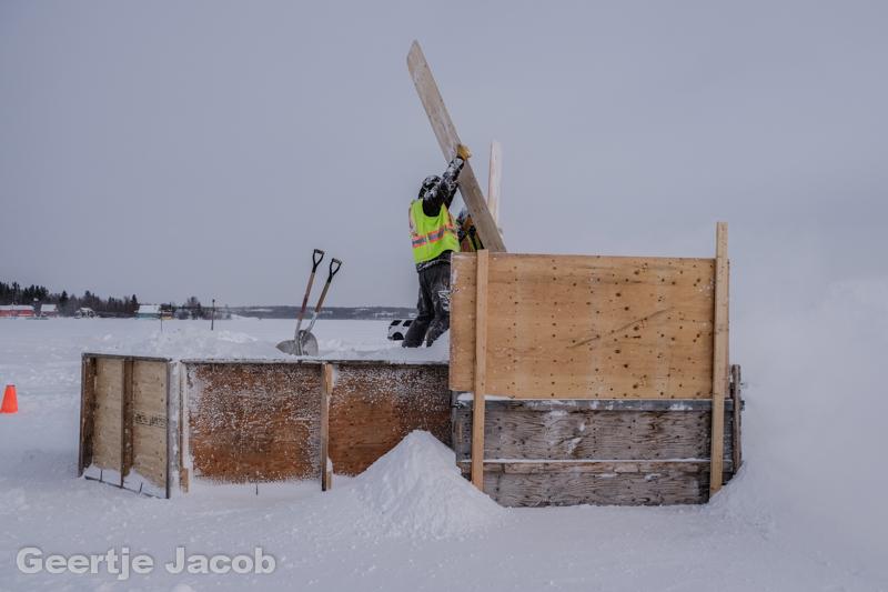 Yellowknife_snowking-7518