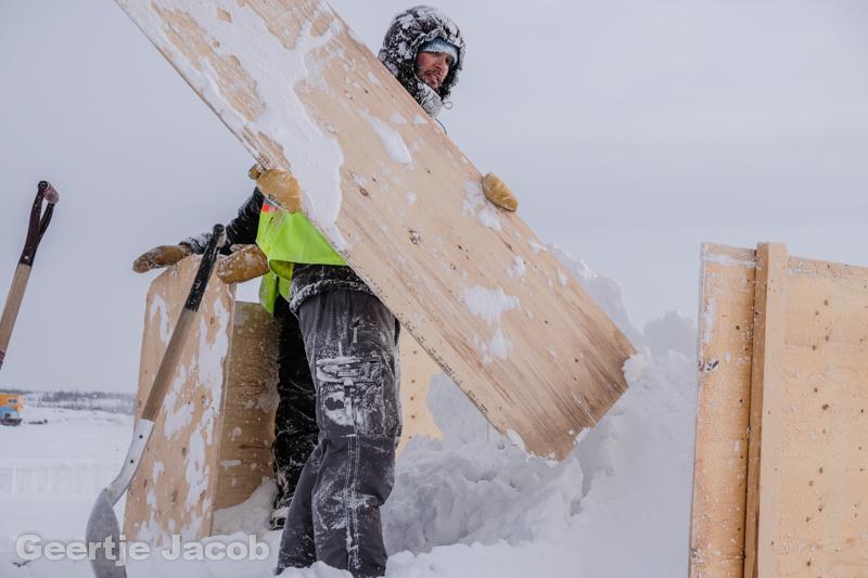 Yellowknife_snowking-7526