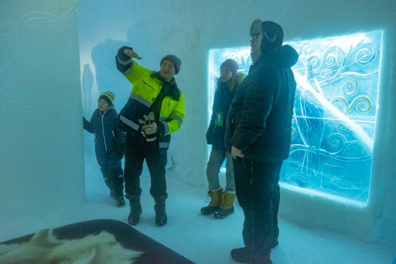 Icehotel 365, Kiss, Vytautas Musteikis