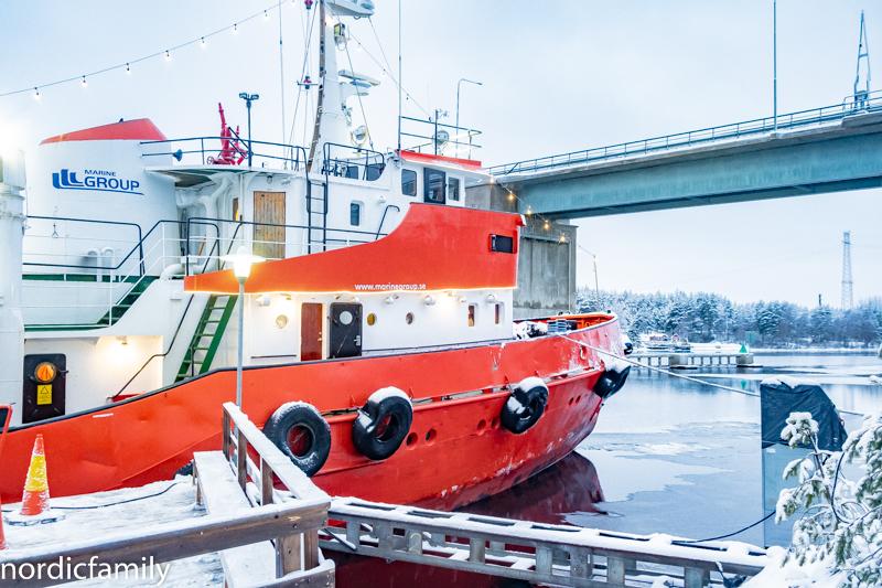 Arctic Explorer Icebreaker Hafen