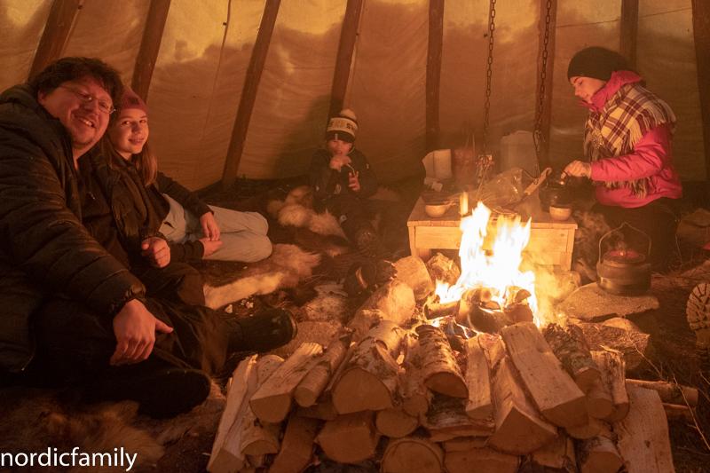 Rentiere Sami Winter