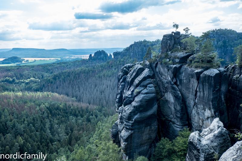 Klettern im Elbsandsteingebirge mit Aussicht