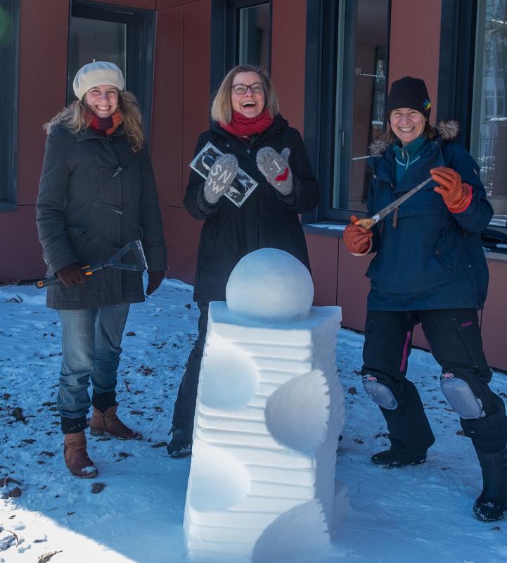 Schneeskulpturen in Potsdam Kirschgrün Zone