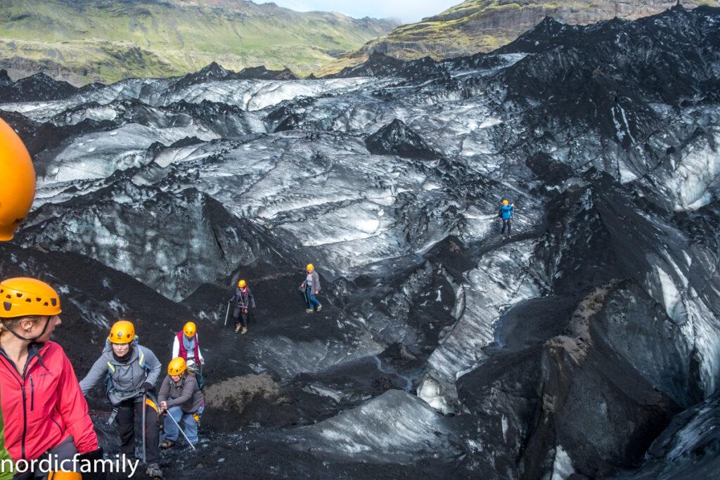 Icelandic Mountain Guides Glacier hike